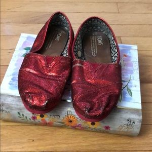 8fb5602249b Women s Sparkly Red Toms on Poshmark